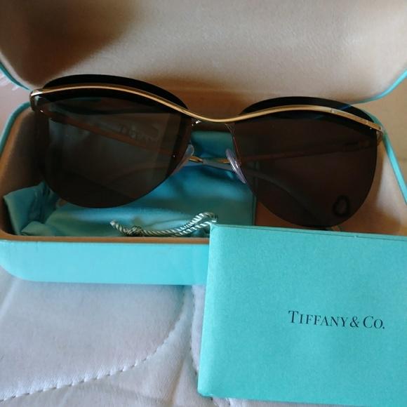 8a2a8a940224 Brand new Tiffany co. Sunglasses